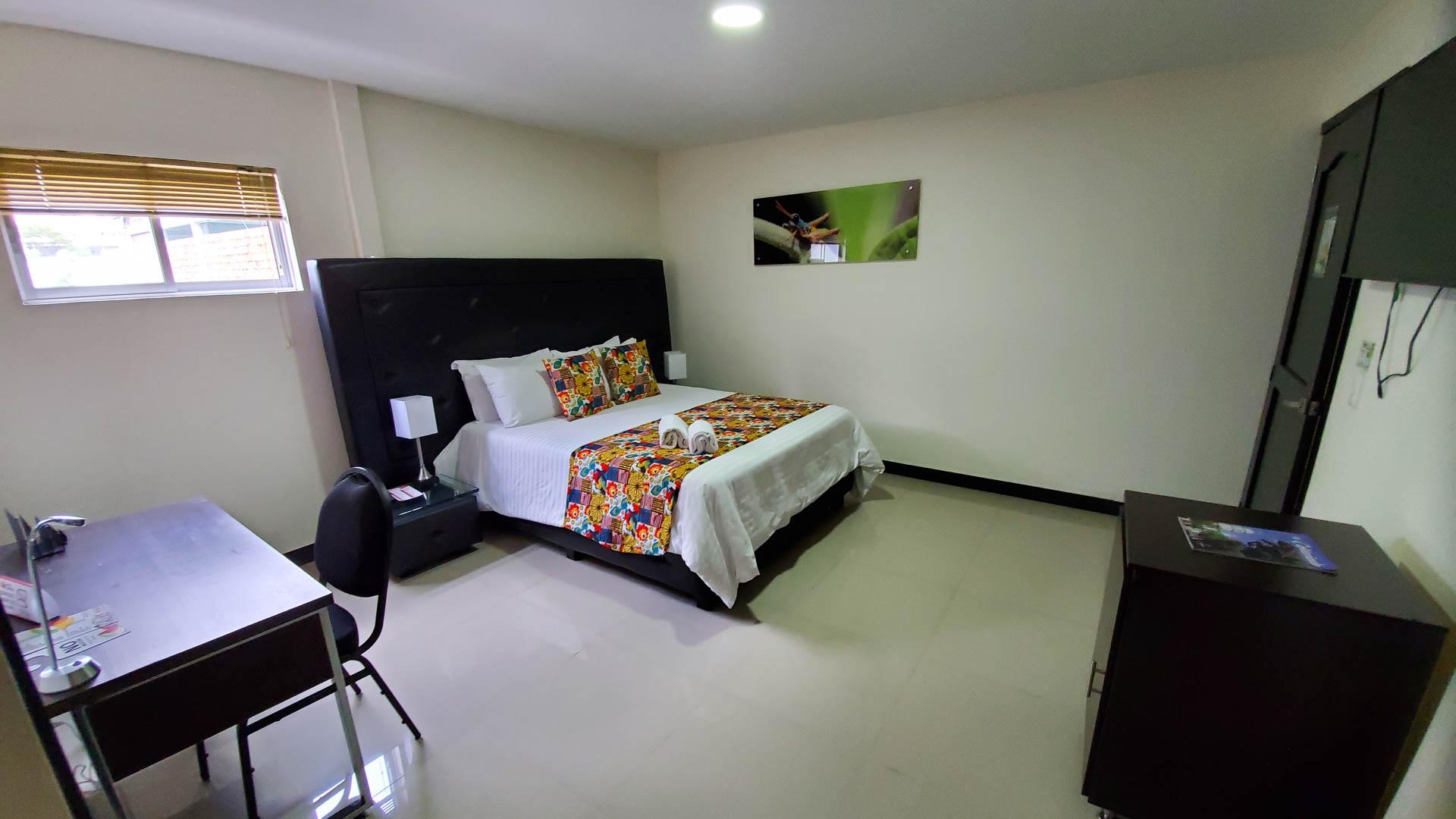 habitacion-ejecutiva-de-piso (6)